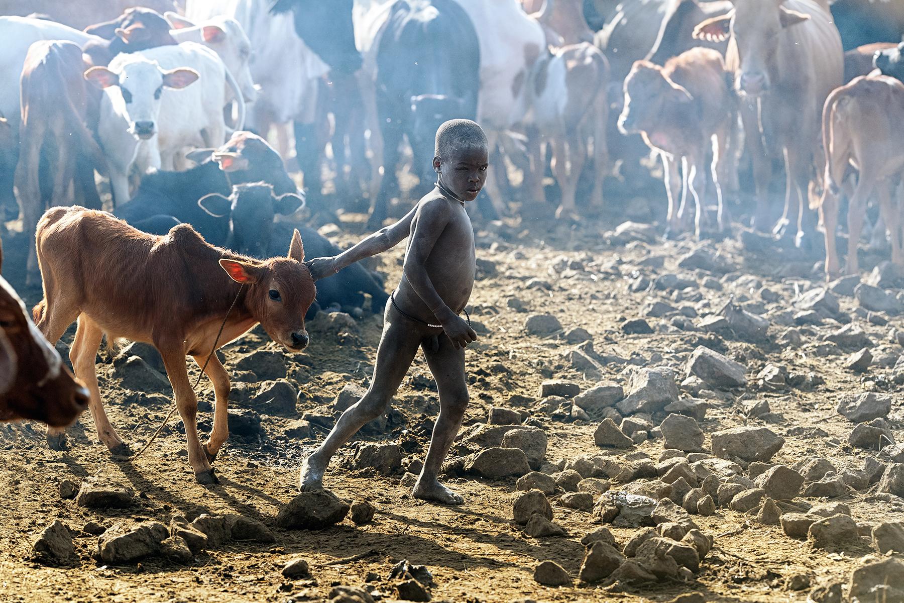 David Nam Lip_LEE_The Ritual Belong To The Suri Tribe Of Ethiopia_Suri Cow Boy_6.jpg
