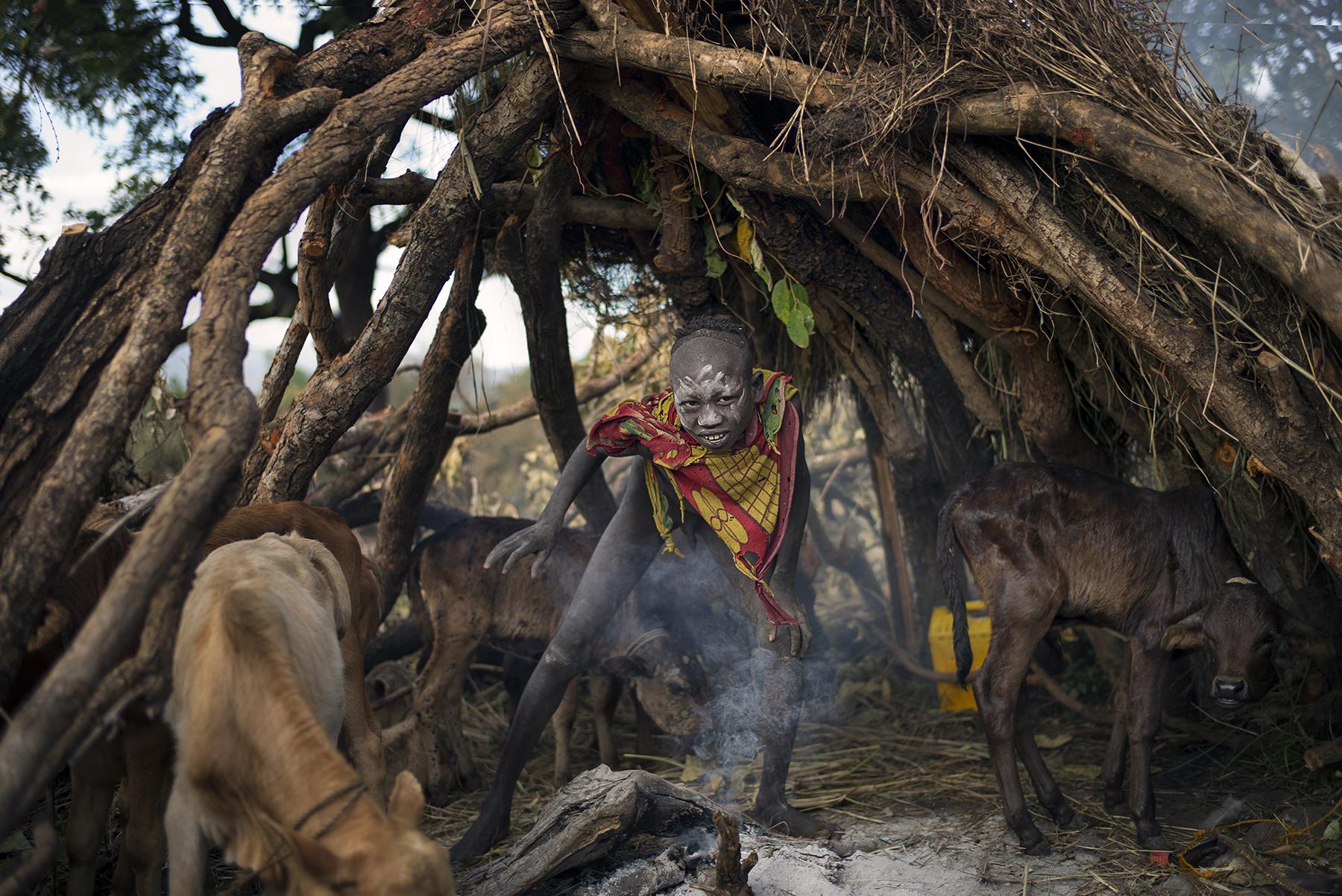 David Nam Lip_LEE_The Ritual Belong To The Suri Tribe Of Ethiopia_The Place I Live Last Night_02.jpg