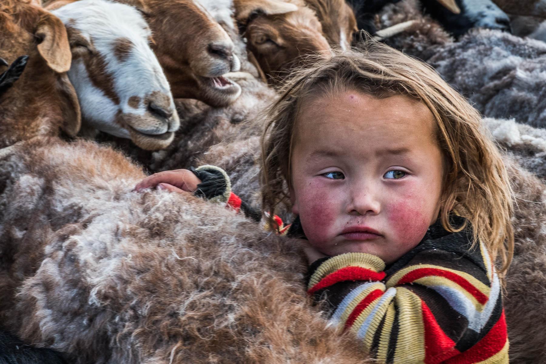 France_Leclerc_KazakhChildreninWesternMongolia_GrowingUp_5.jpg