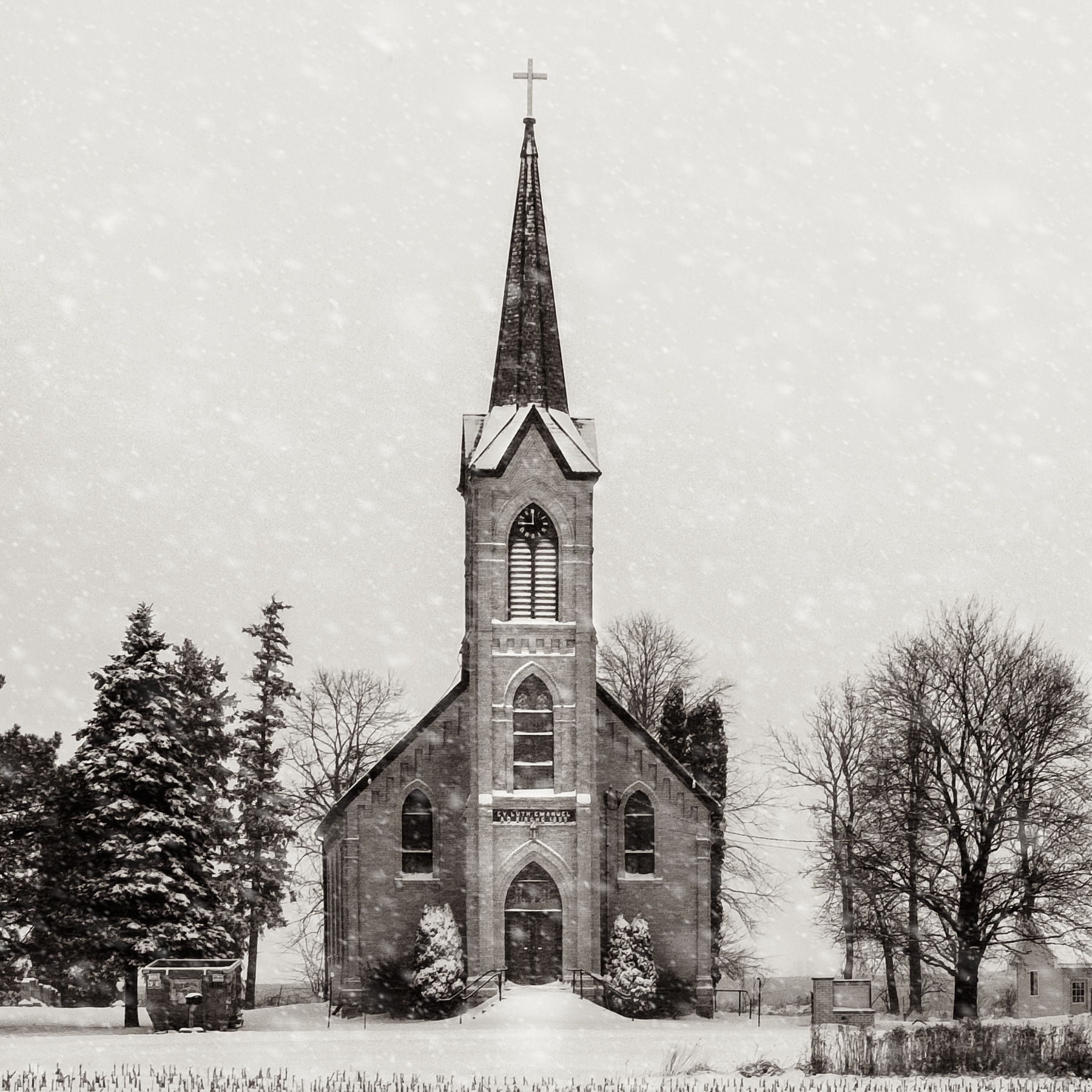 Michael_Knapstein_AmericanMidwestChurches_WinterChurch_5.jpg
