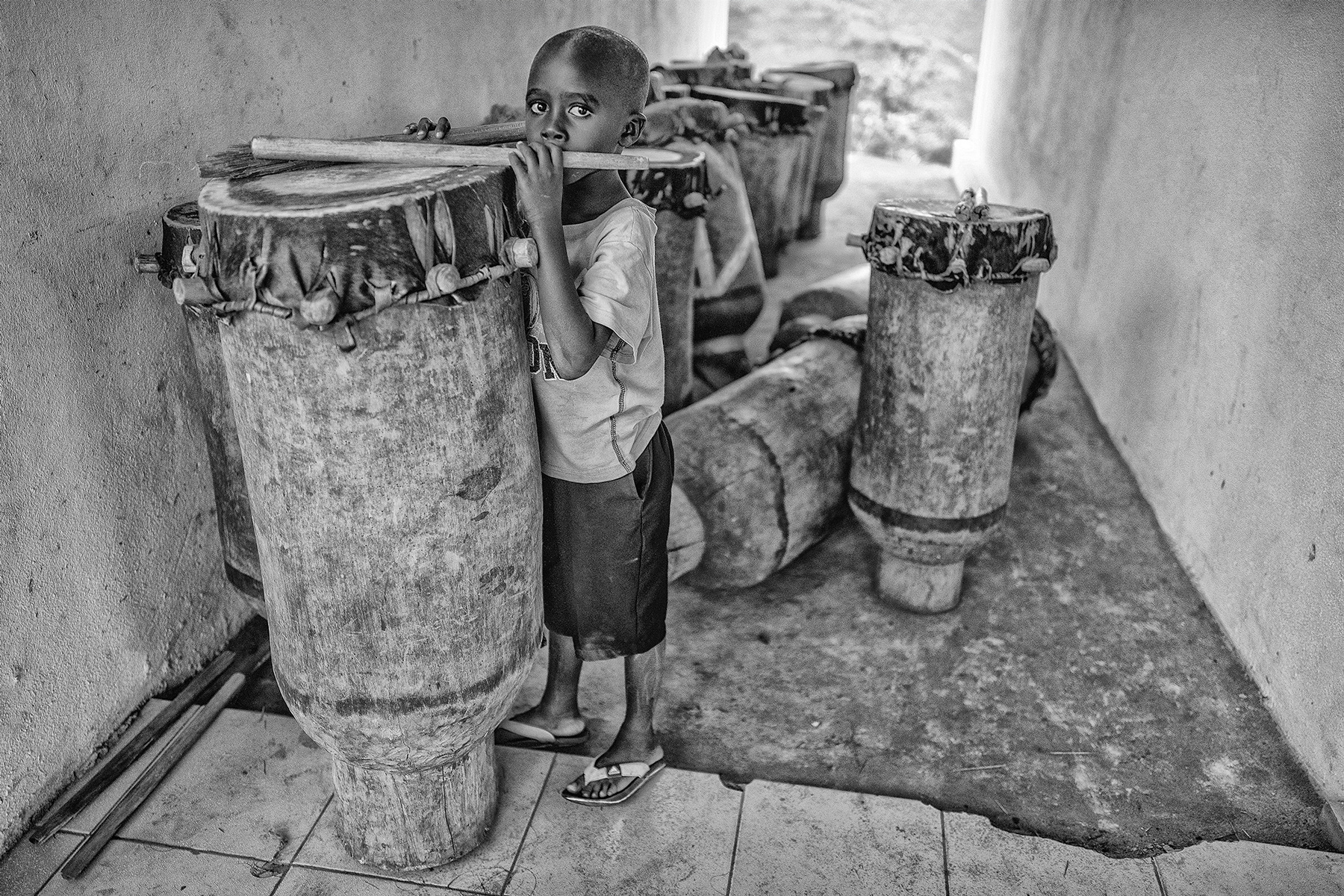 William_Bullard_The Kigutu Portraits_Brother's Drum_3.jpg