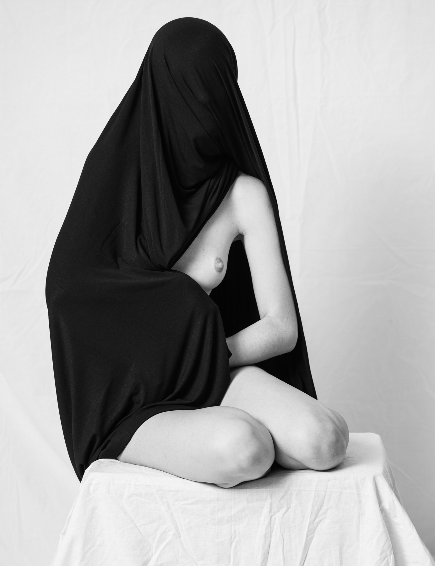 Saman_Majd_Behind the Veil_Veiled_2.jpg