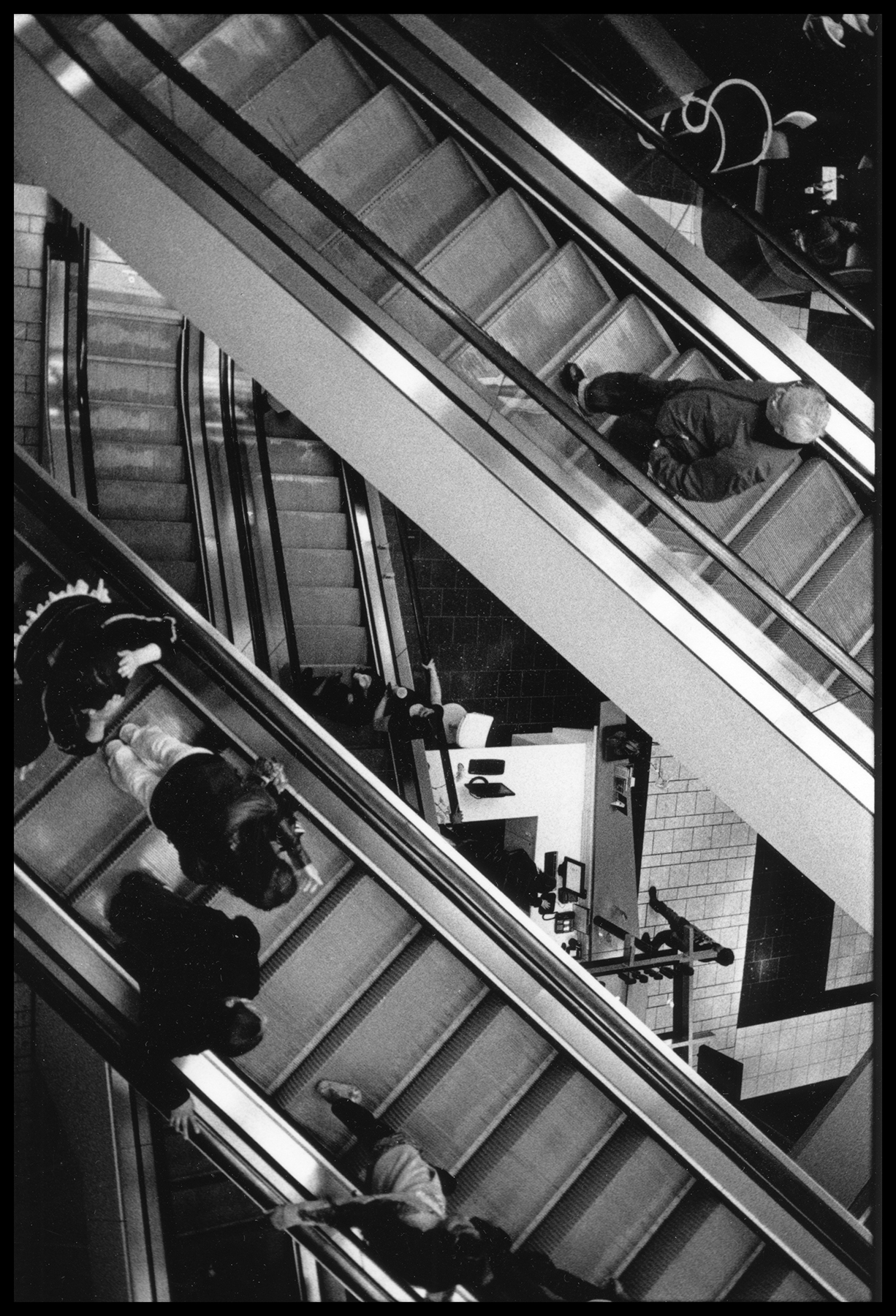Liza_Botkin_Escalators_Homage_A_Escher_3.jpg