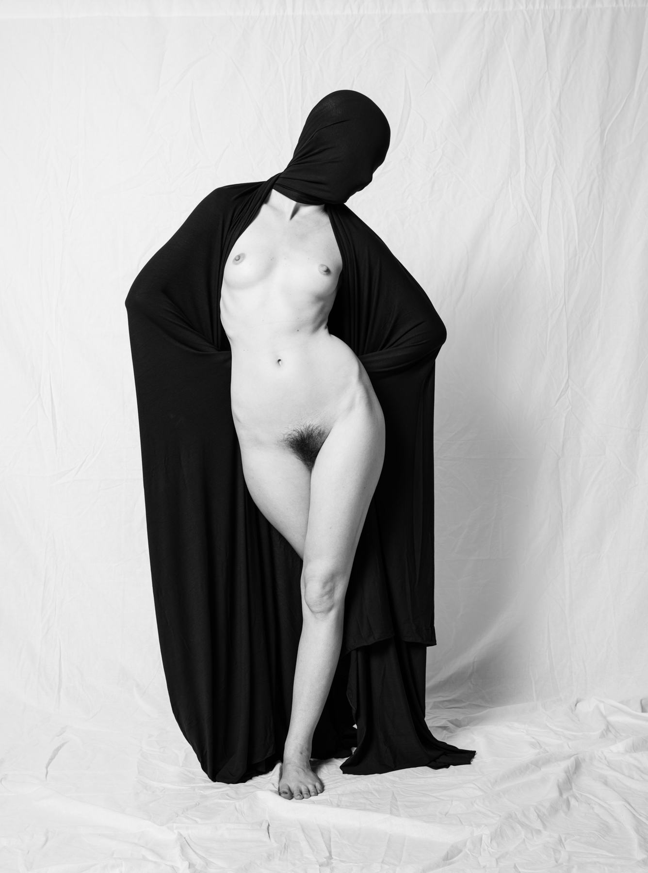 Saman_Majd_Behind the Veil_Veiled_5.jpg