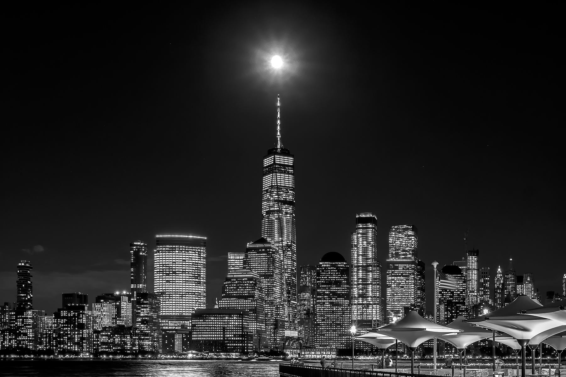Carlos_Esguerra_Full Moon Over Freedom Tower-1317.jpg