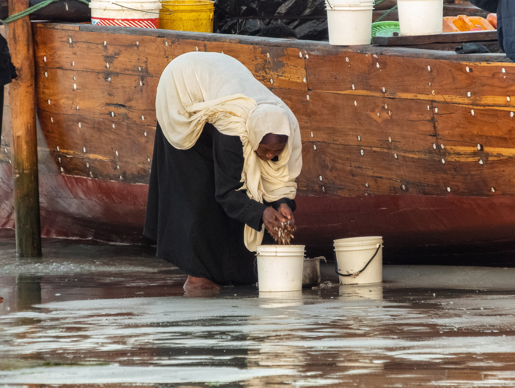 Sue_Henderson_Morning Zanzibar_Filling Buckets_4.jpg