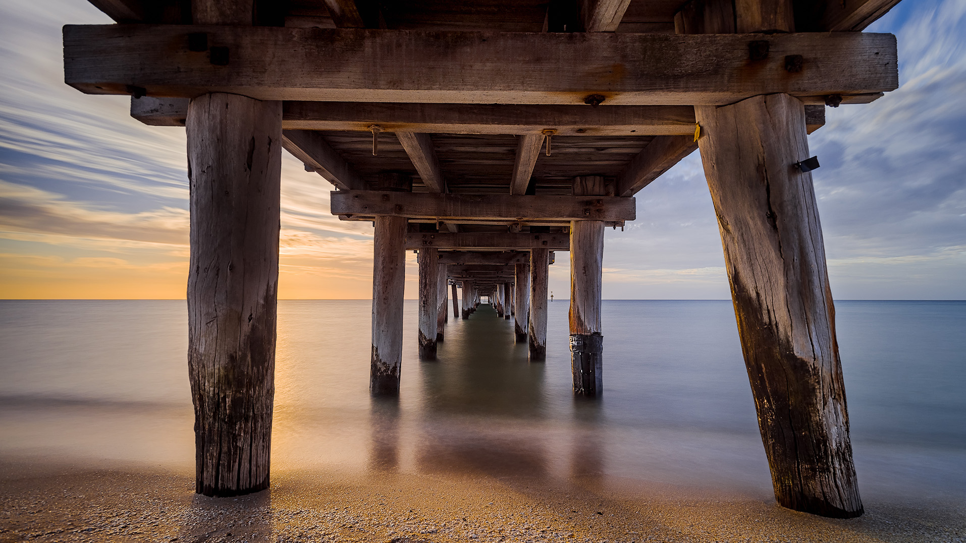 A summer sunset at Seaford Pier (Melbourne, Victoria, Australia) - Photo by Paul Tadday