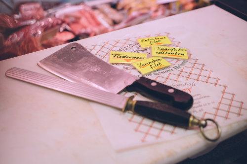 17-005-03-011-Fleischerei-Bauer-Werkzeug.jpg