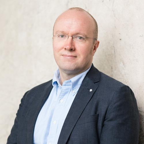 Agile Teams - Pekka LehtiCEO+358 45 123 6610pekka.lehti@valuemotive.com