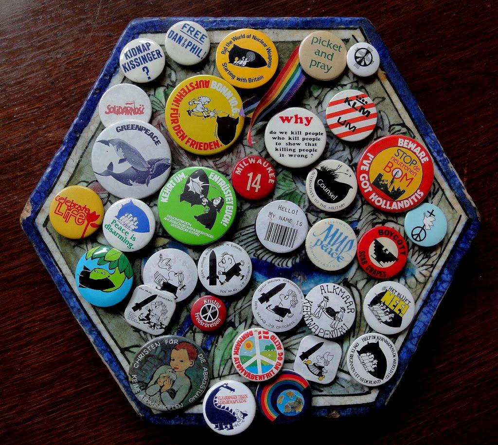 peace badges.jpg