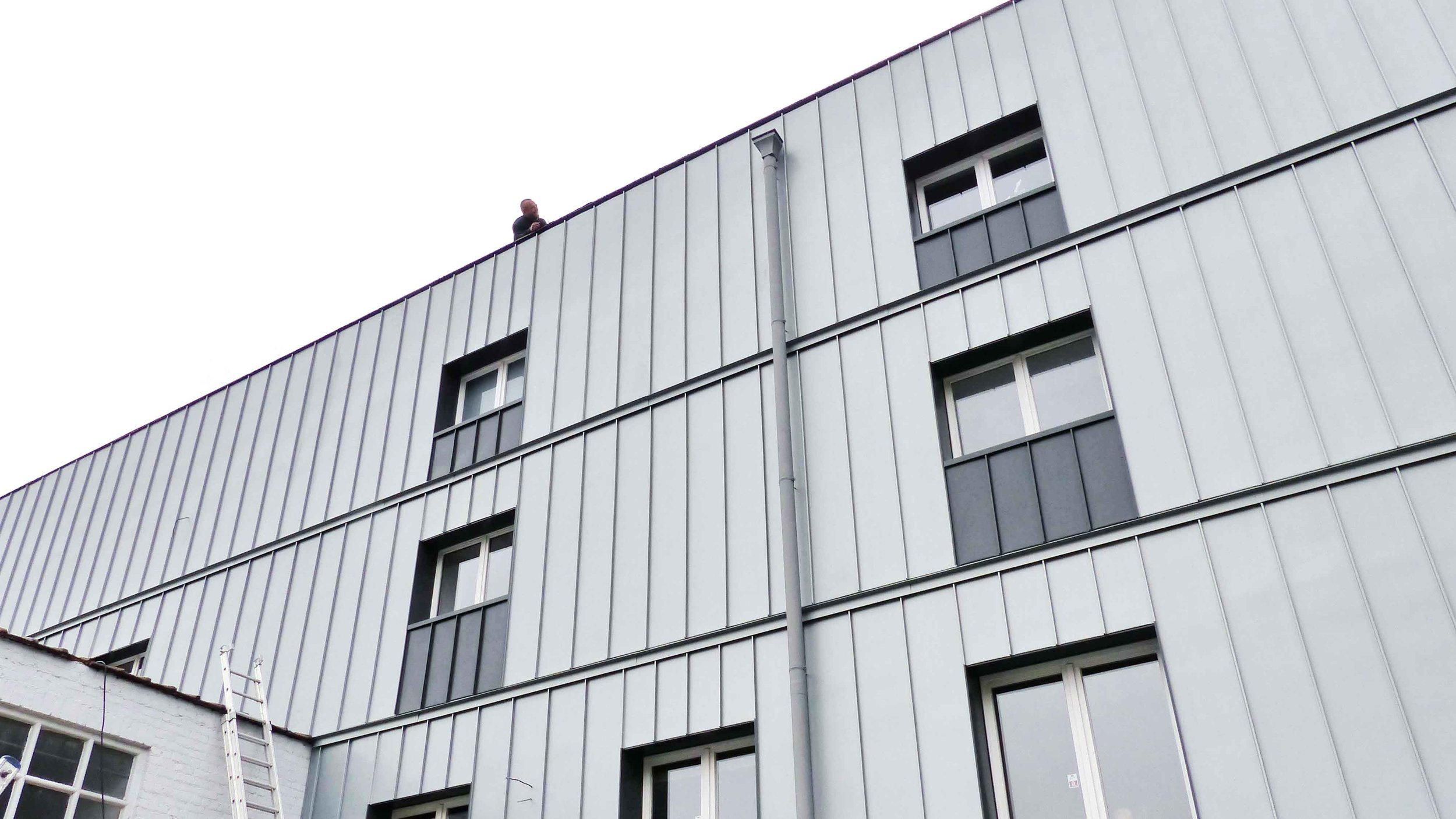 the-roof-company-trc-toiturier-toitures-bardages-bruxelles-brabant-wallon-contact.jpg