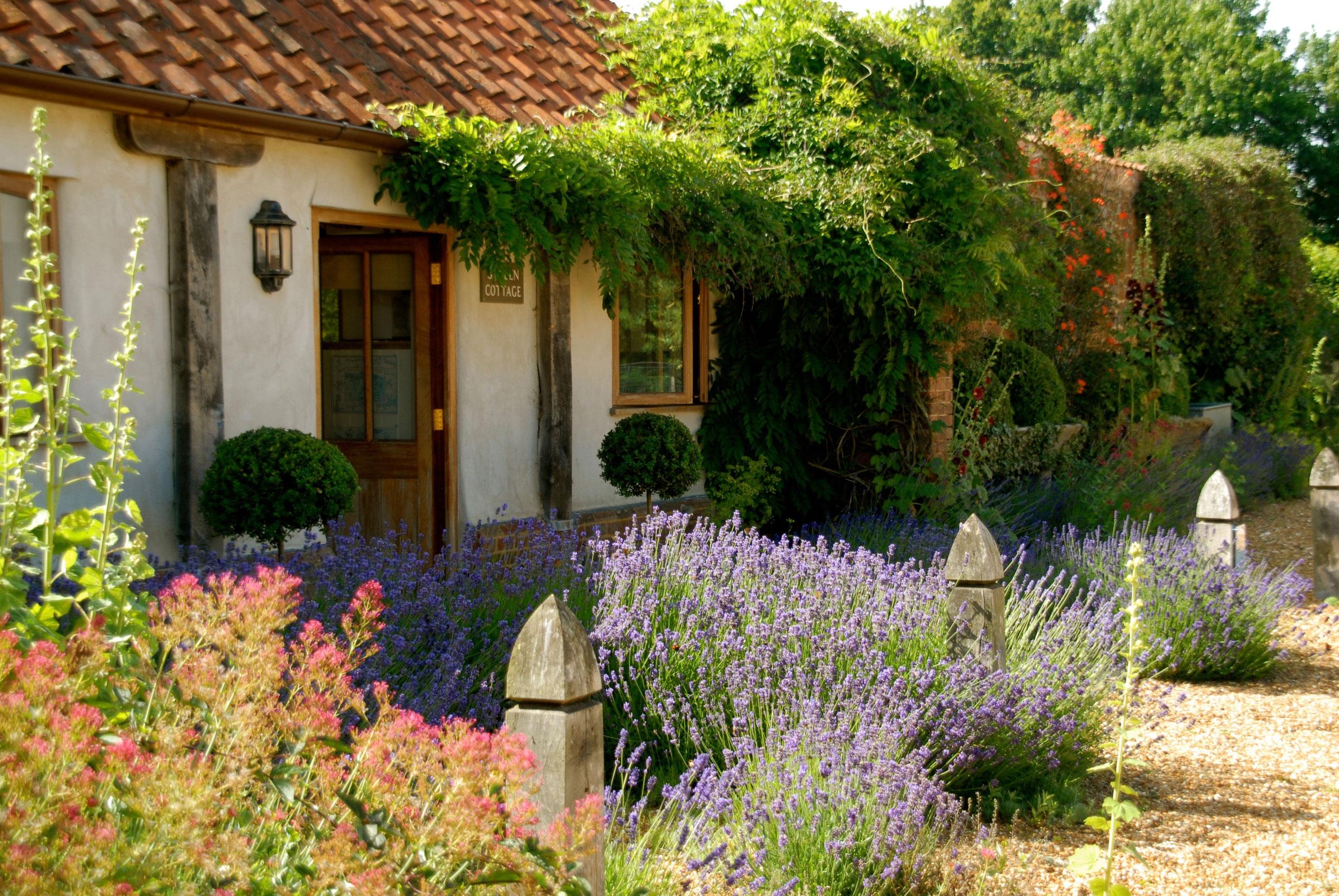 gardencottagemanorhousefarm