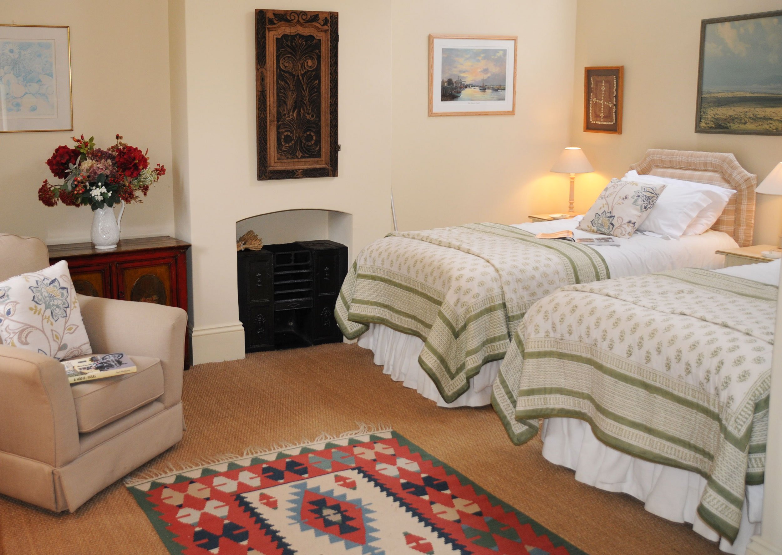 twin bedroom manor house farm