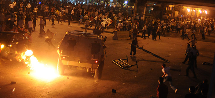 Coptic Protesters clash with military and police near the maspero television building. Source:  Flickr – Aslan Media