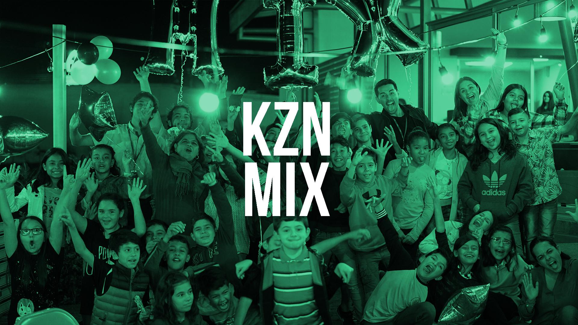 Kzona Mix es el grupo de pre-adolescentes donde cada fin de semana aprendemos de Jesús de formas divertidas al lado de muchos amigos.