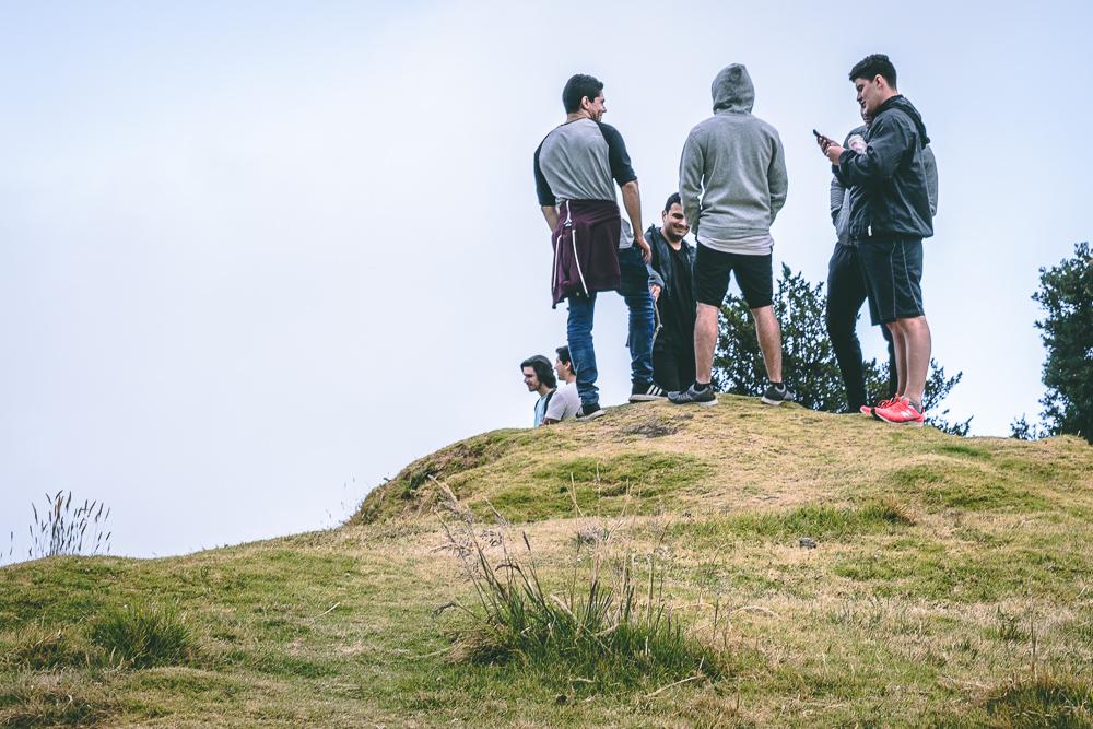 Alpha - Grupo de hombres jóvenes caminando juntos para ser hombres conforme al corazón de Dios, tocando temas cotidianos de hombres con sus luchas, pruebas y retos diarios.
