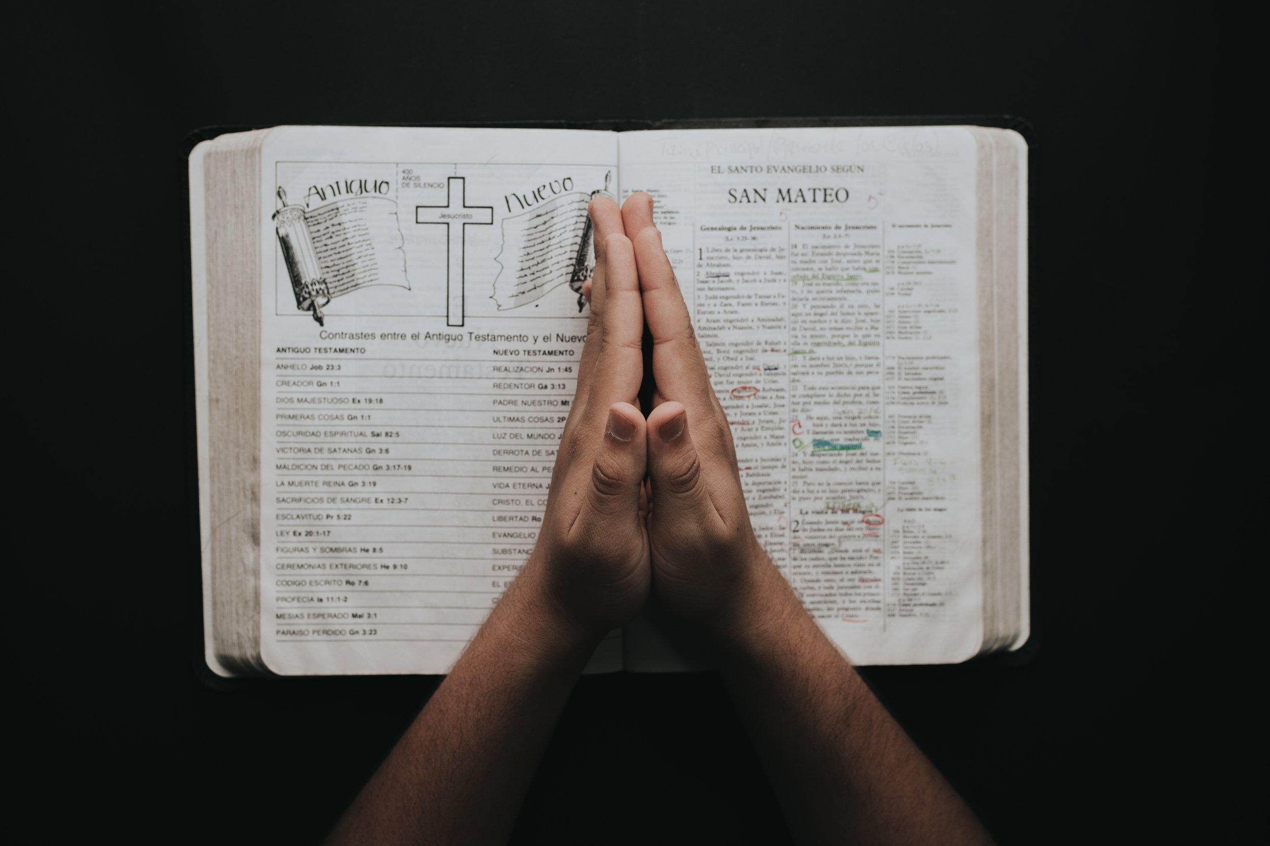bible-book-faith-2258251.jpg