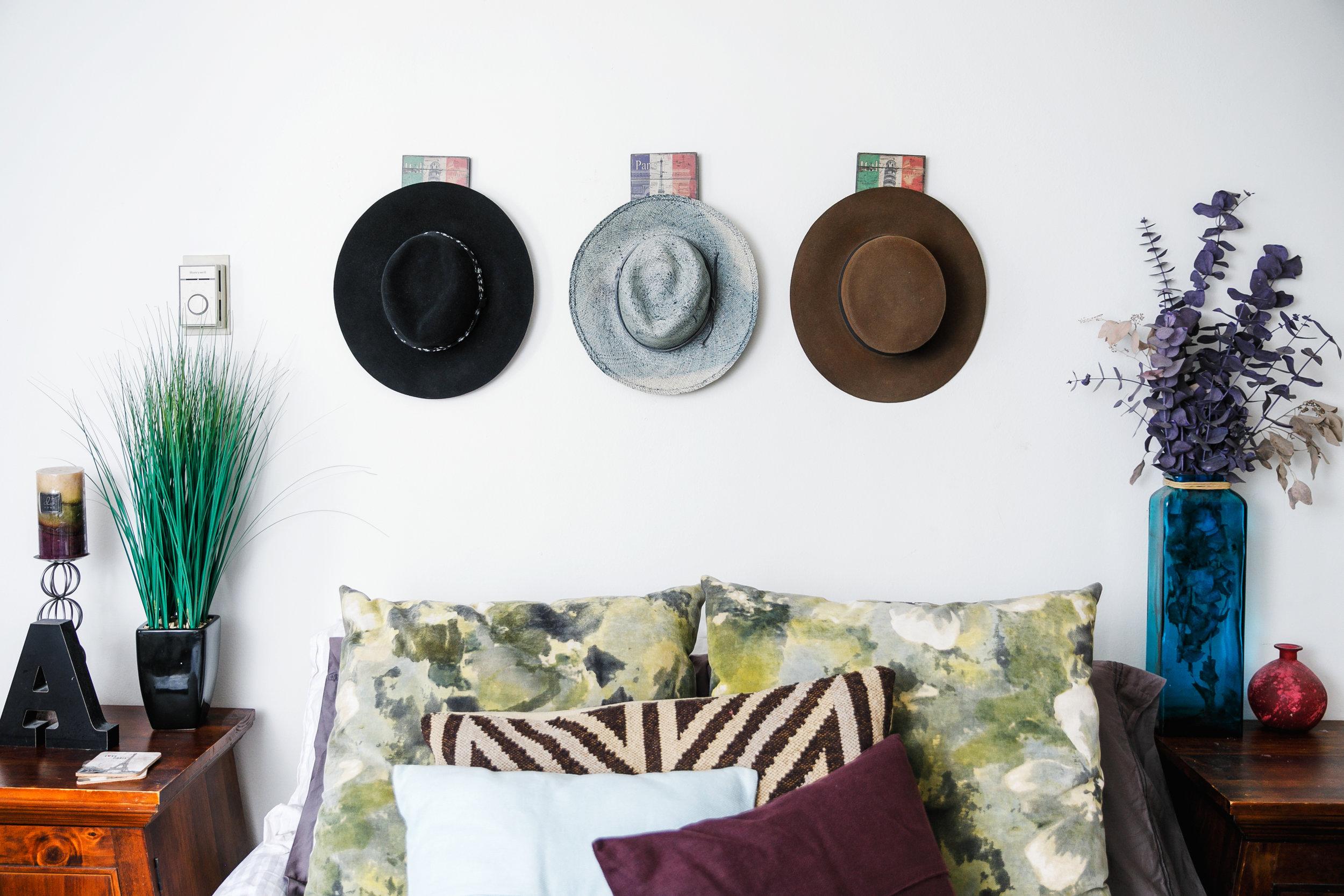Hats: Worth & Worth.