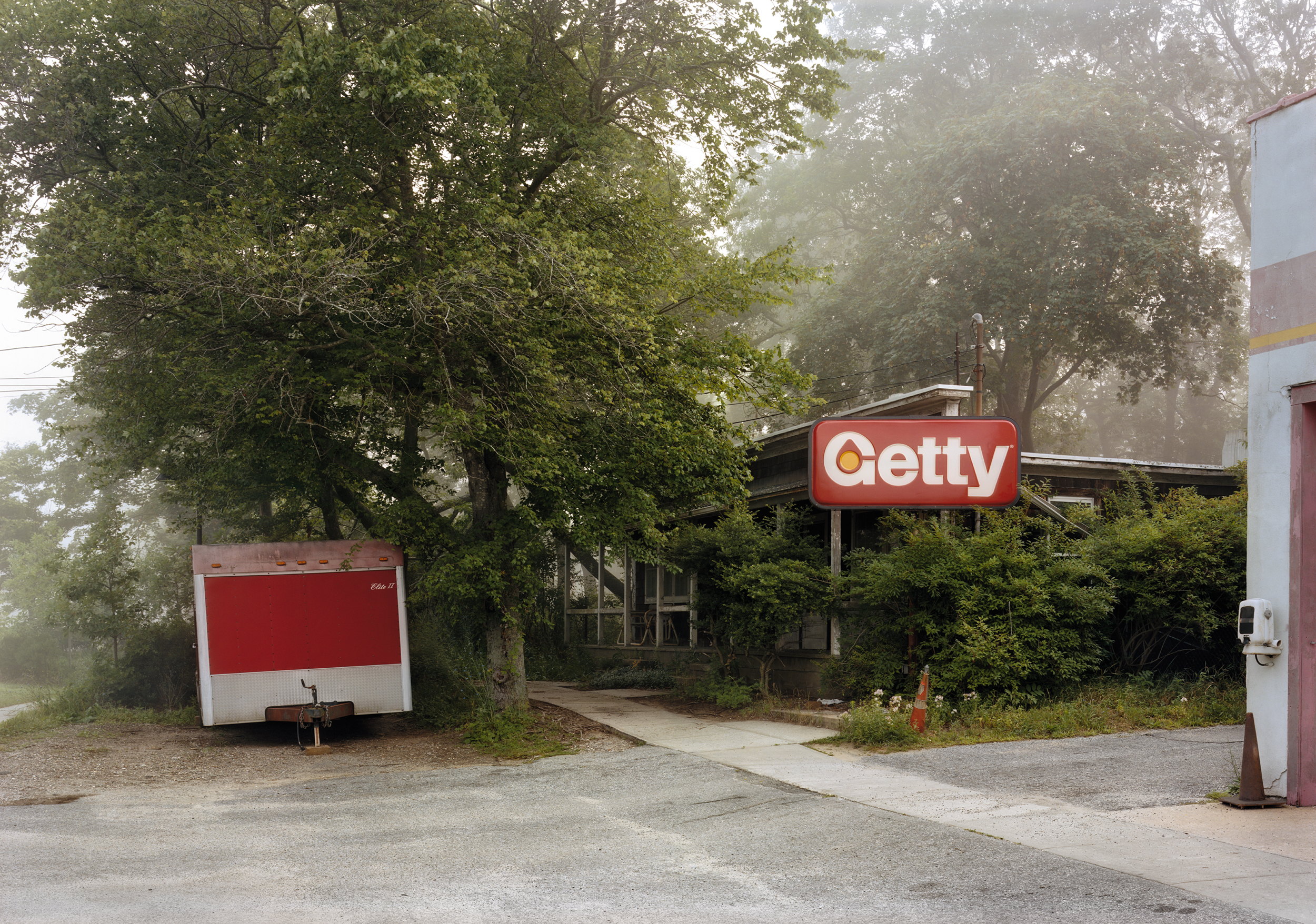 Getty Station, N Main St, East Hampton, 2011.jpg