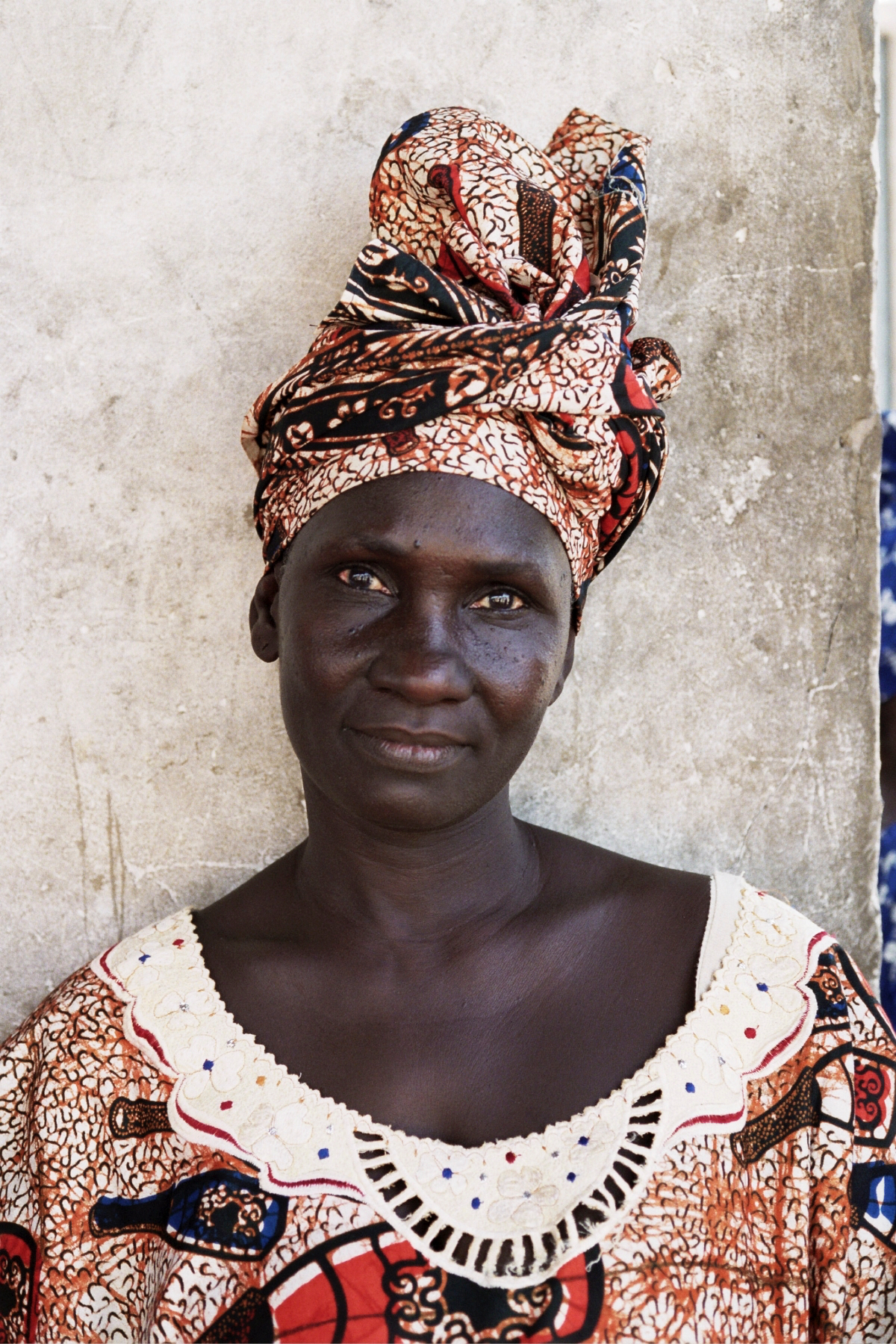 Senegal_lady_1.jpg