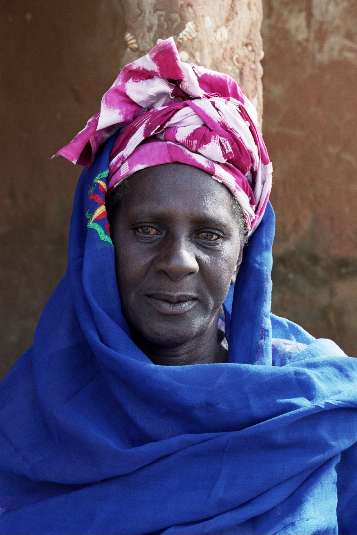 Senegal_lady_15.jpg