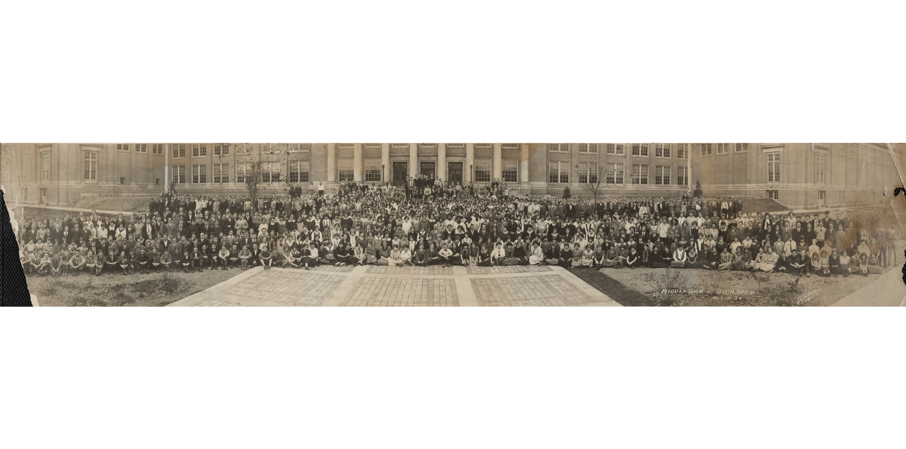 all kids in then new Middletown high 1924.png