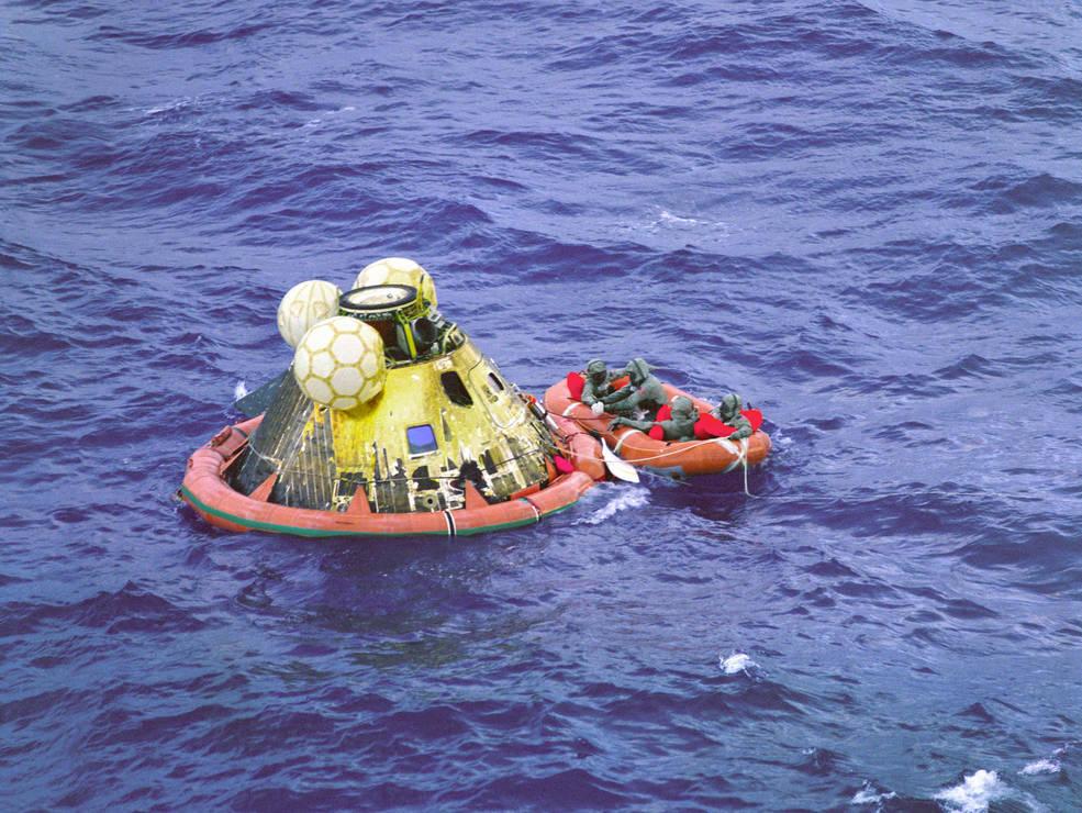 splashdown in pacific ocean.jpg