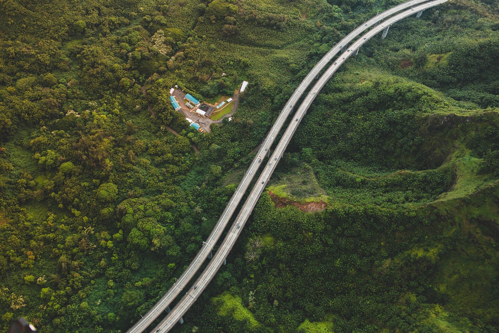 aerial-view-1209164_1920.jpg