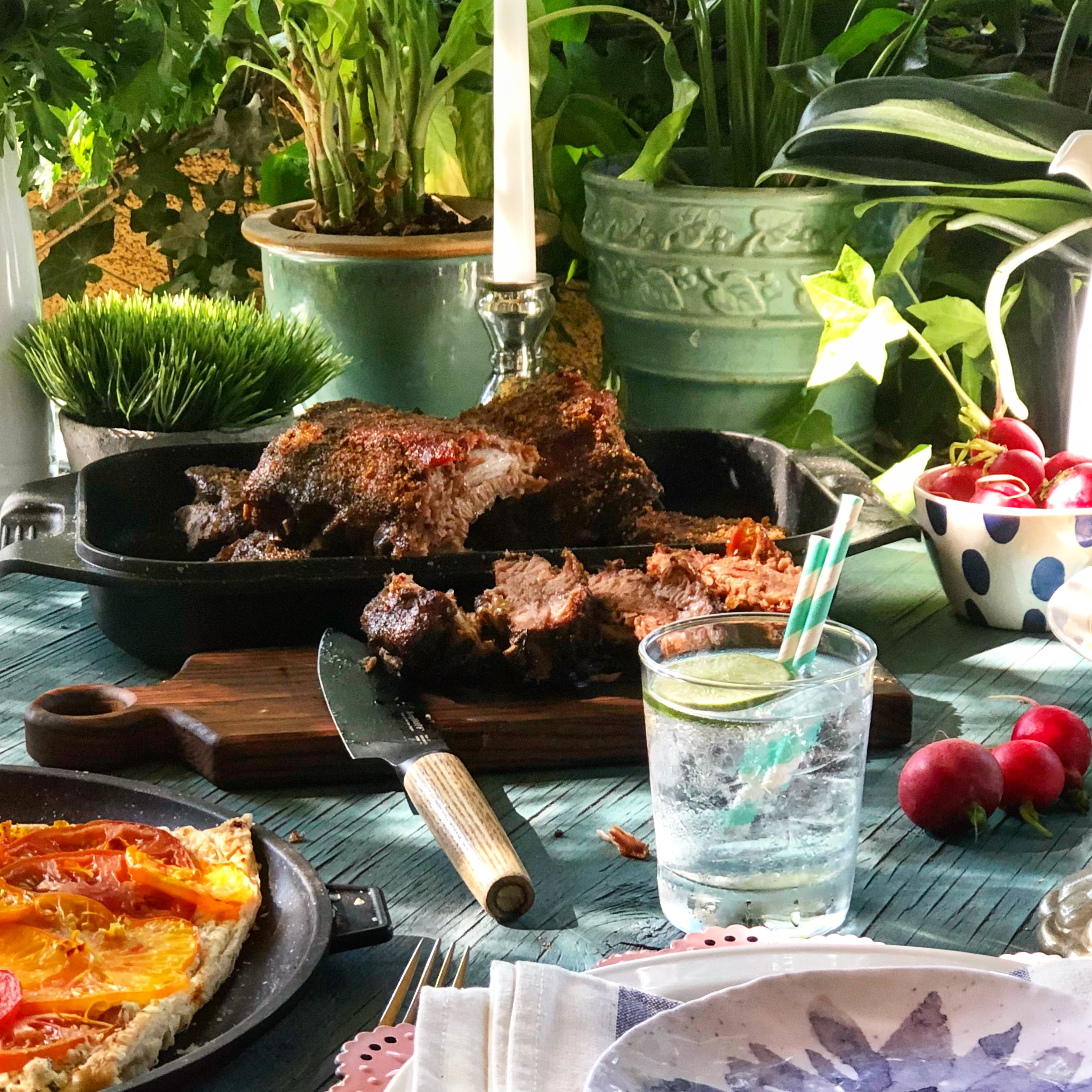 Slow-cooked ribs. Simple tomato tart. Layered salad of your Mom's favorite things (plus garlic croutons and quick-pickle carrots). Your Mother's Day menu.