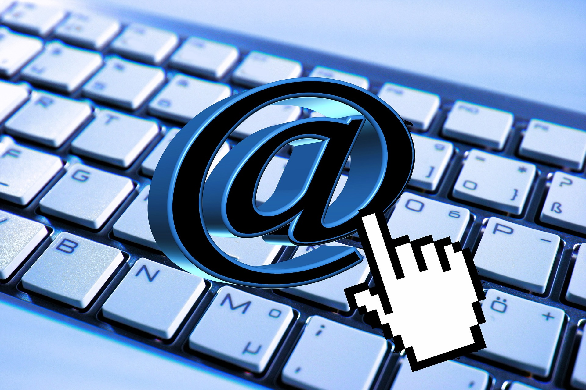 email-824310_1920.jpg