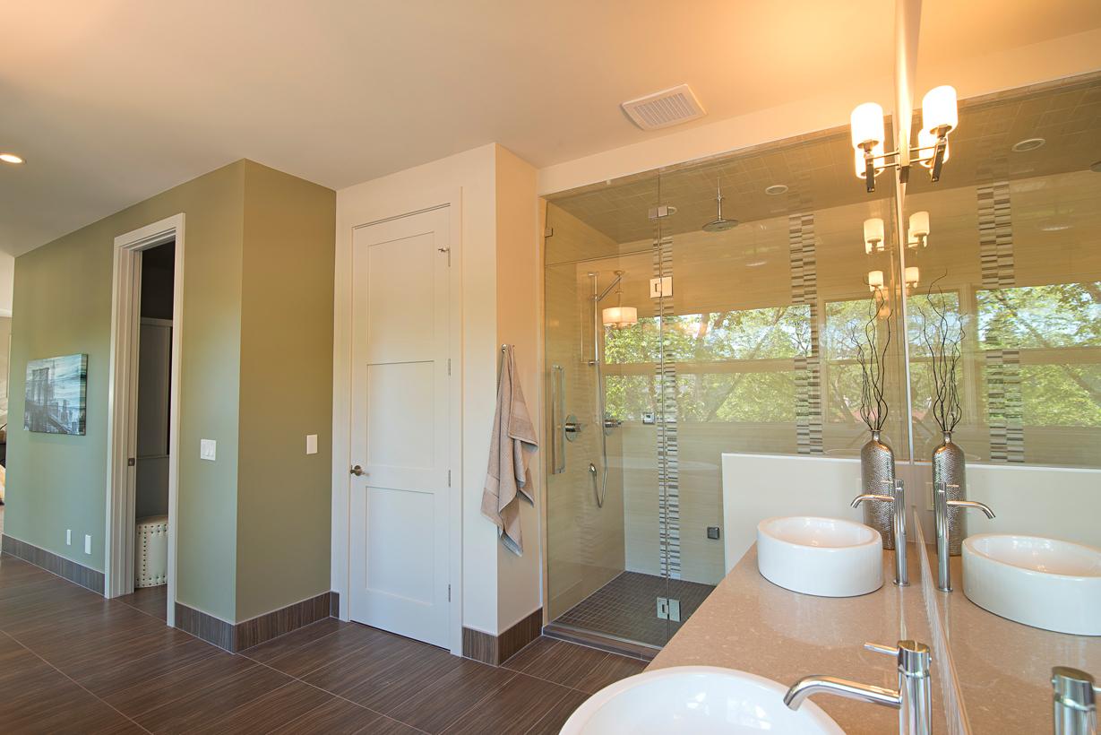 2625_Bathroom3.jpg