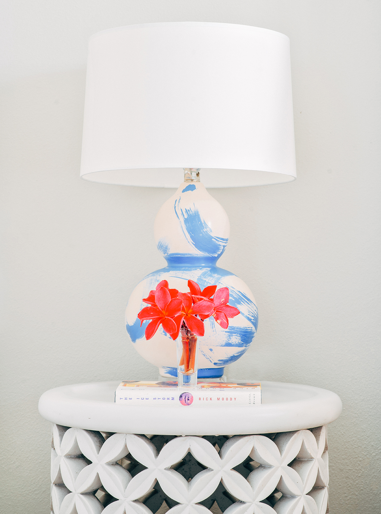 Hannah Crowell Beach House - Guest Room - lamp vignette copy.jpg