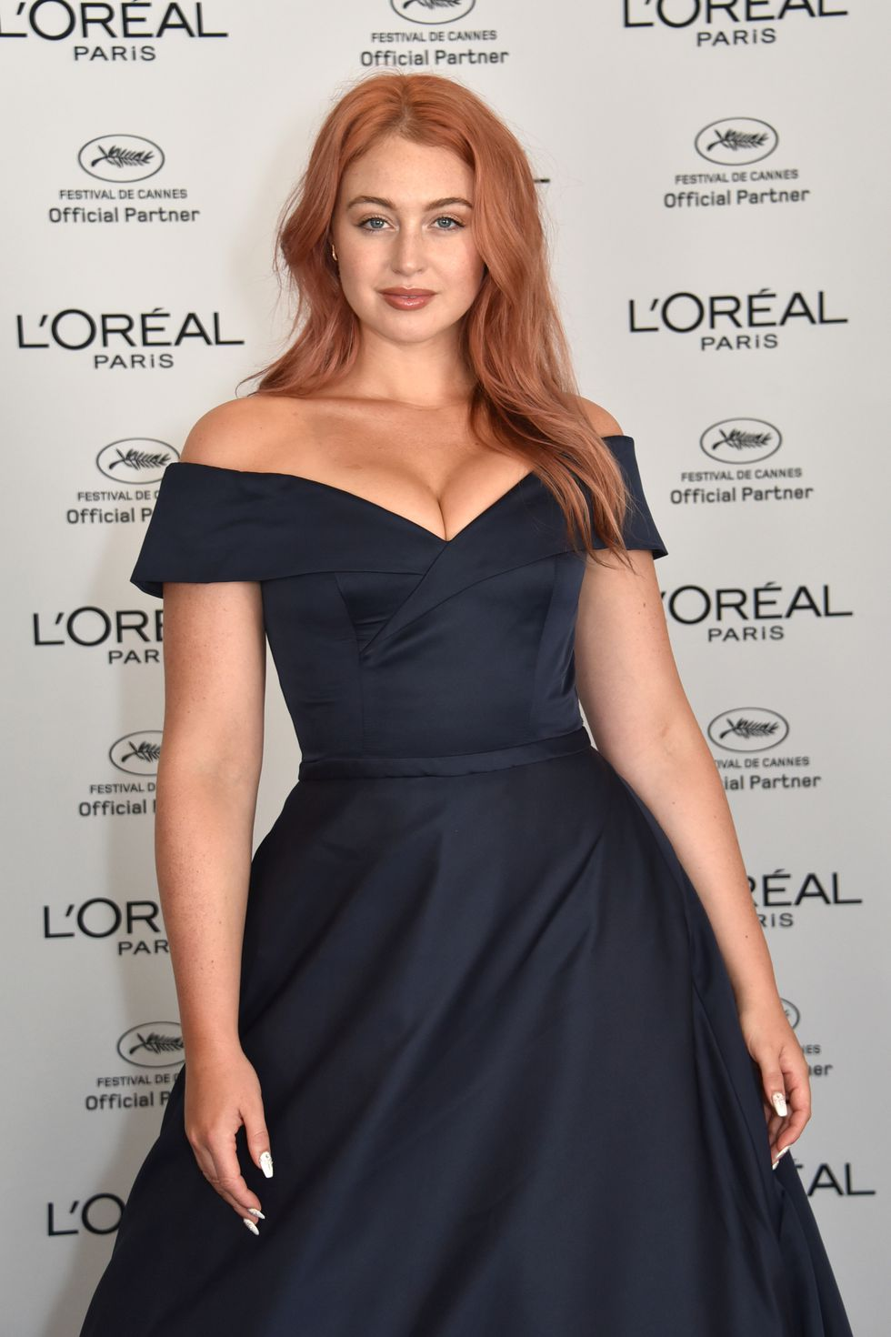 """TREND: Rose Gold Hair    (With a Twist)   Fall into a more updated version of the ever-popular rose gold trend. We've seen rose gold everywhere. Iskra Lawrence's major hair change earlier this year is a """"darker, more natural version"""" of the tone."""