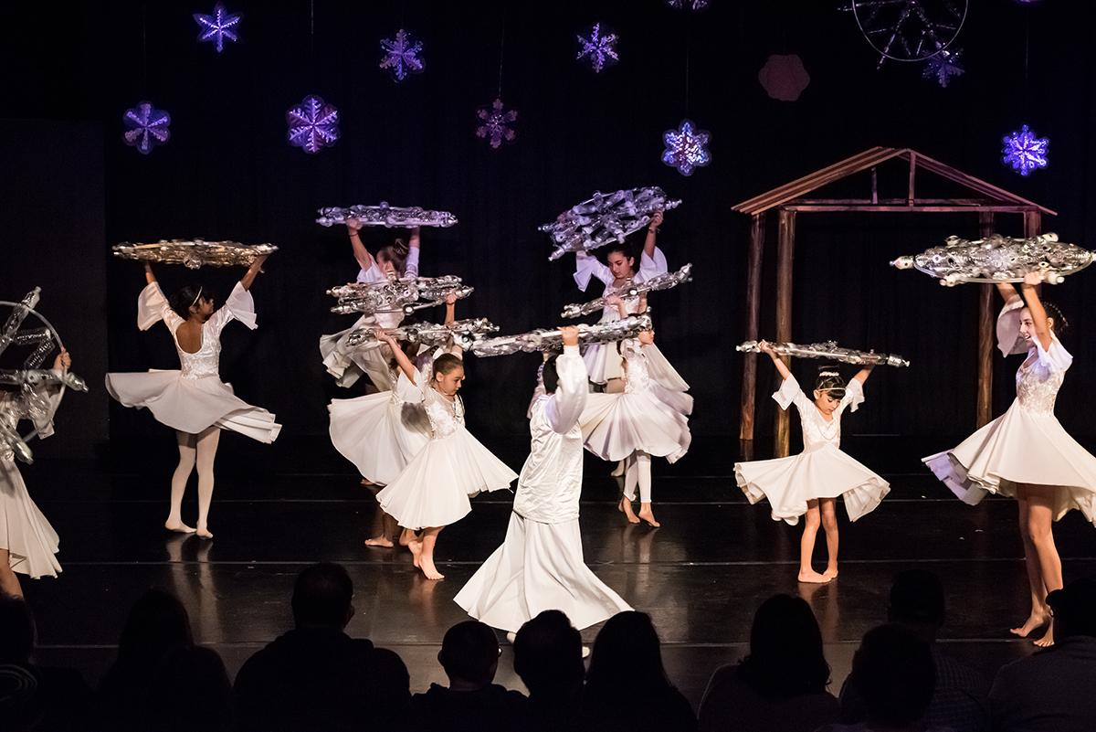 Ballet snowflakes 4.jpg