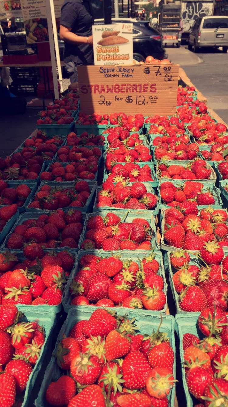 flatironberries.JPG