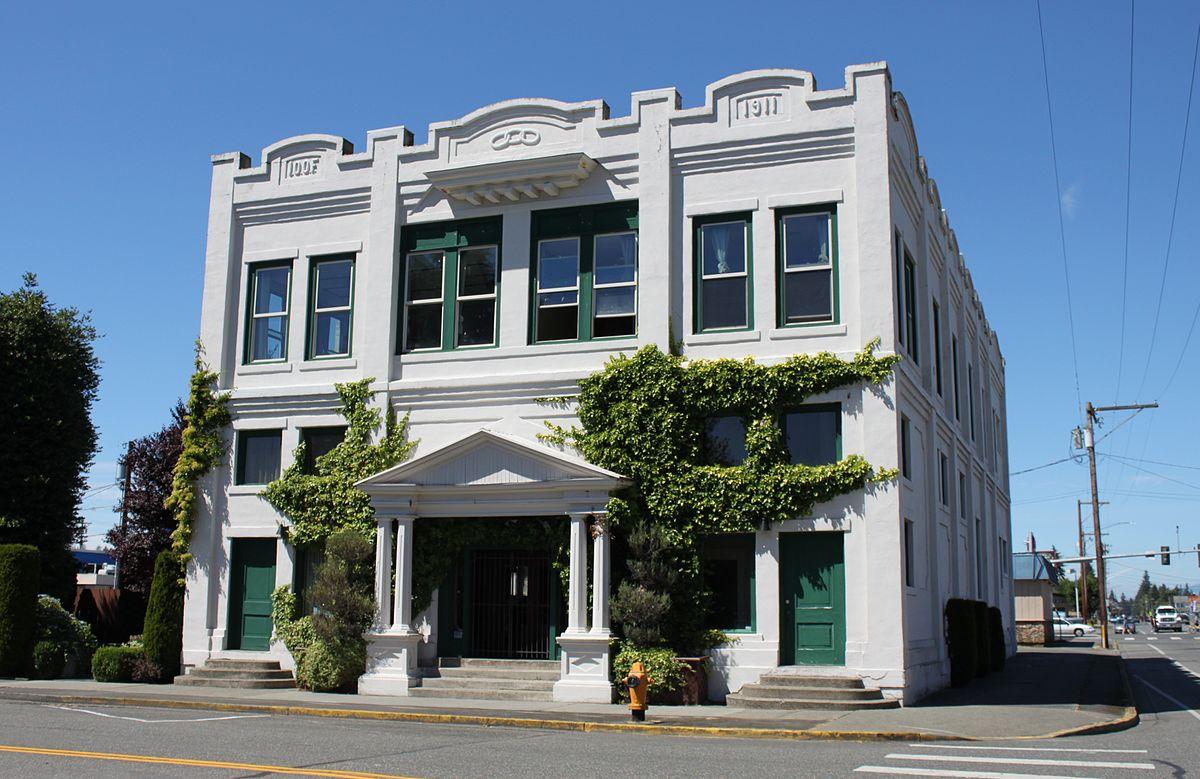 1200px-Marysville_Opera_House_exterior.jpg
