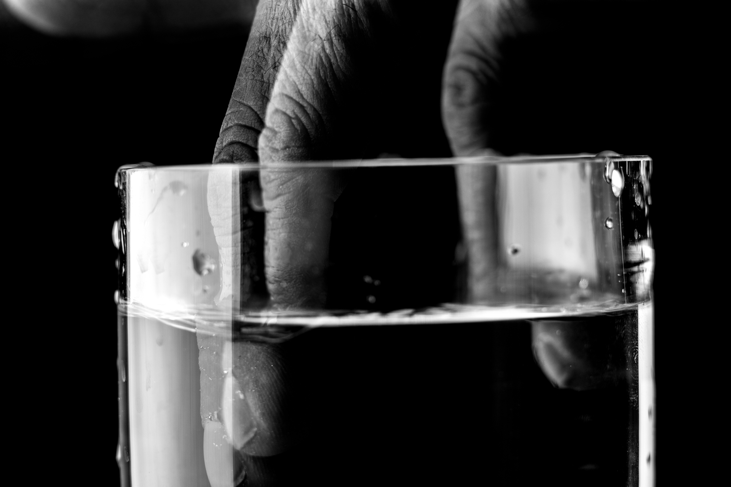 The Looking Glass of Water-1 (20171116Studio Session - Glass of Water-017).jpg