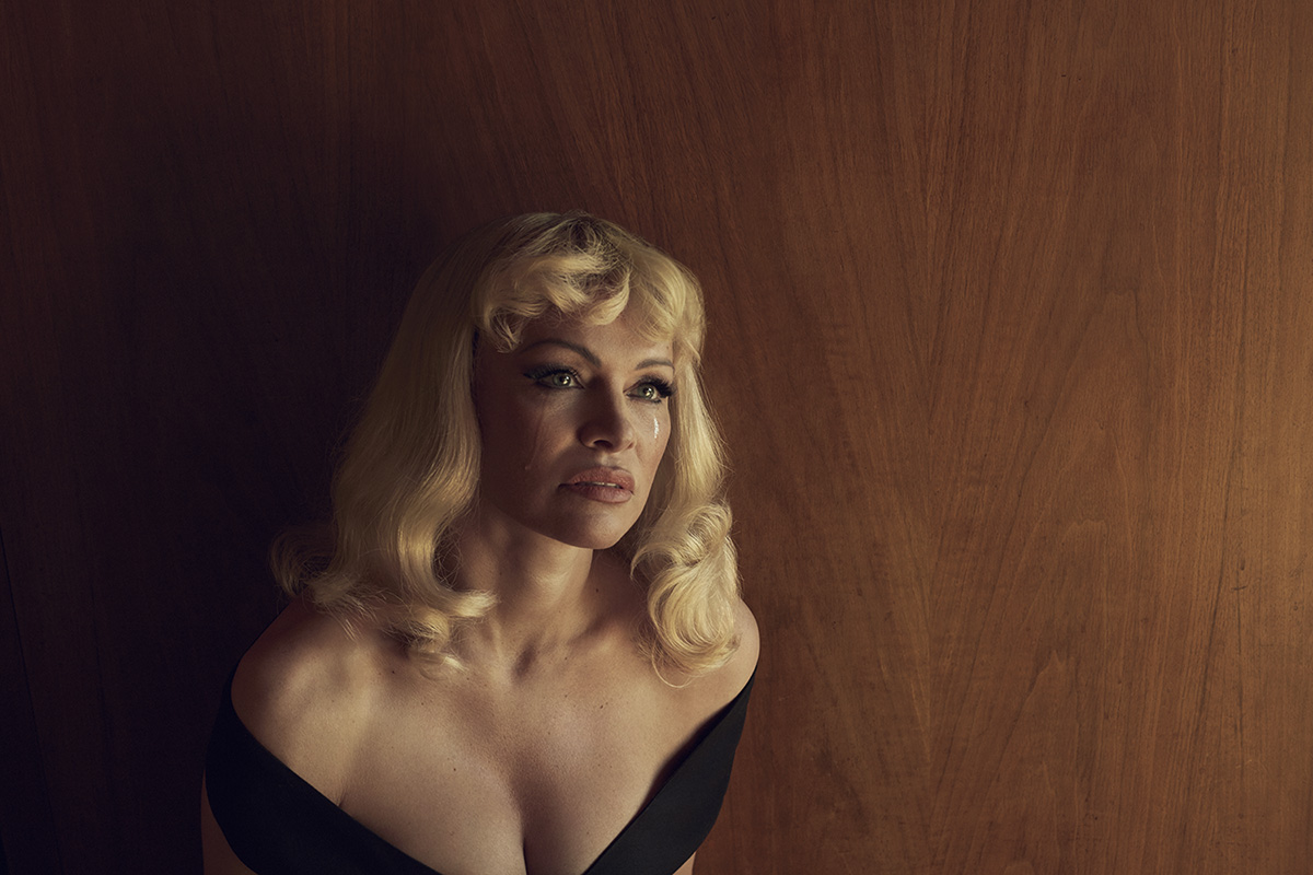 Pamela Anderson, 2016