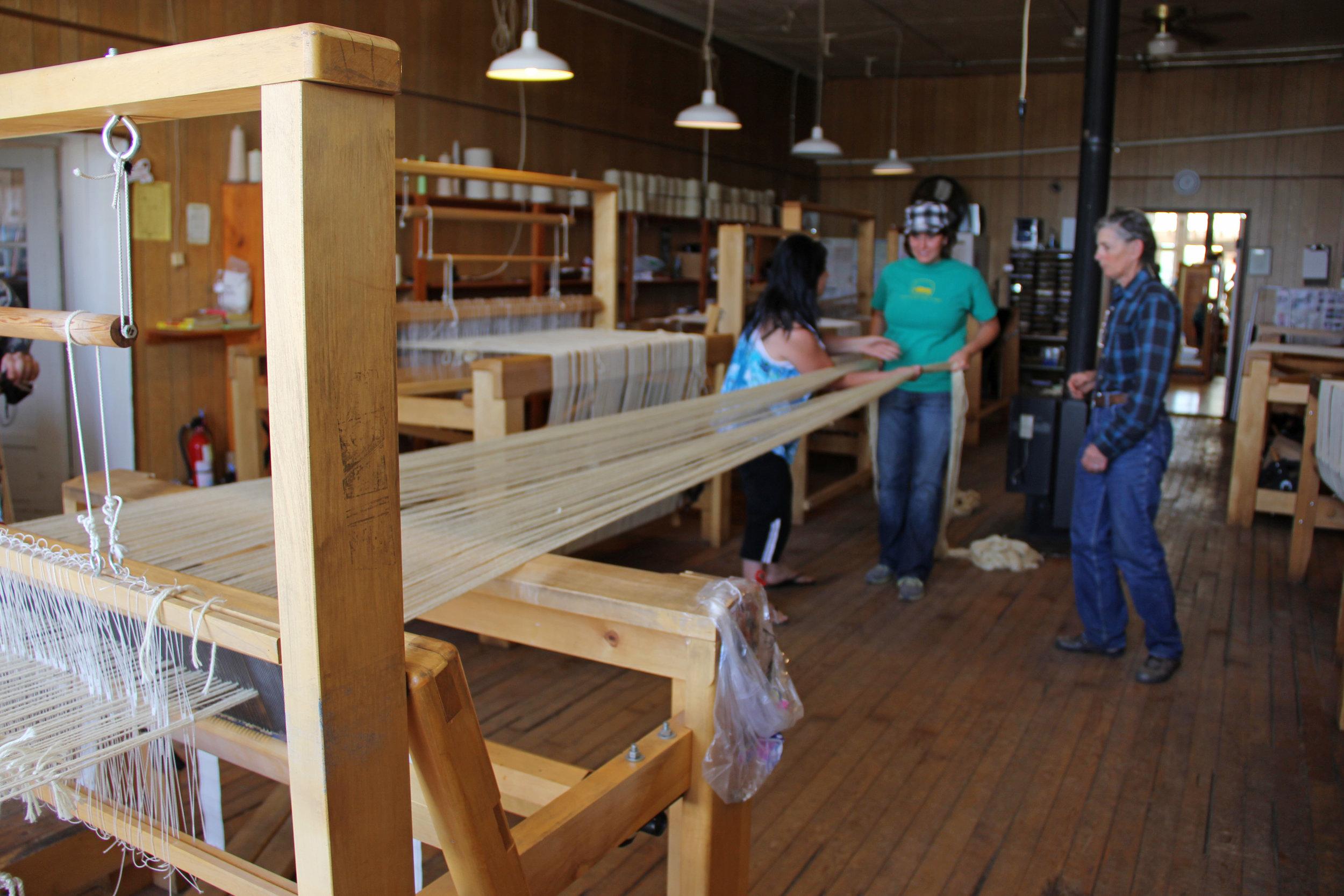 Warping a Hans Leitner loom