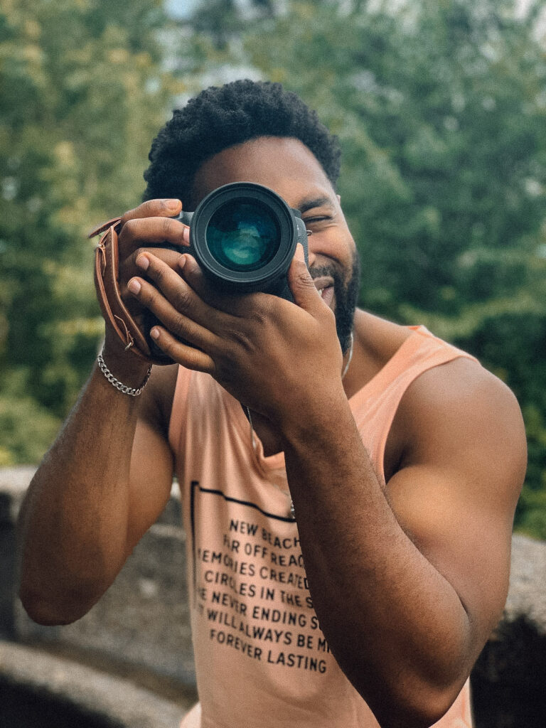 Rayon Dixon is a self-taught, published DMV-based photographer.