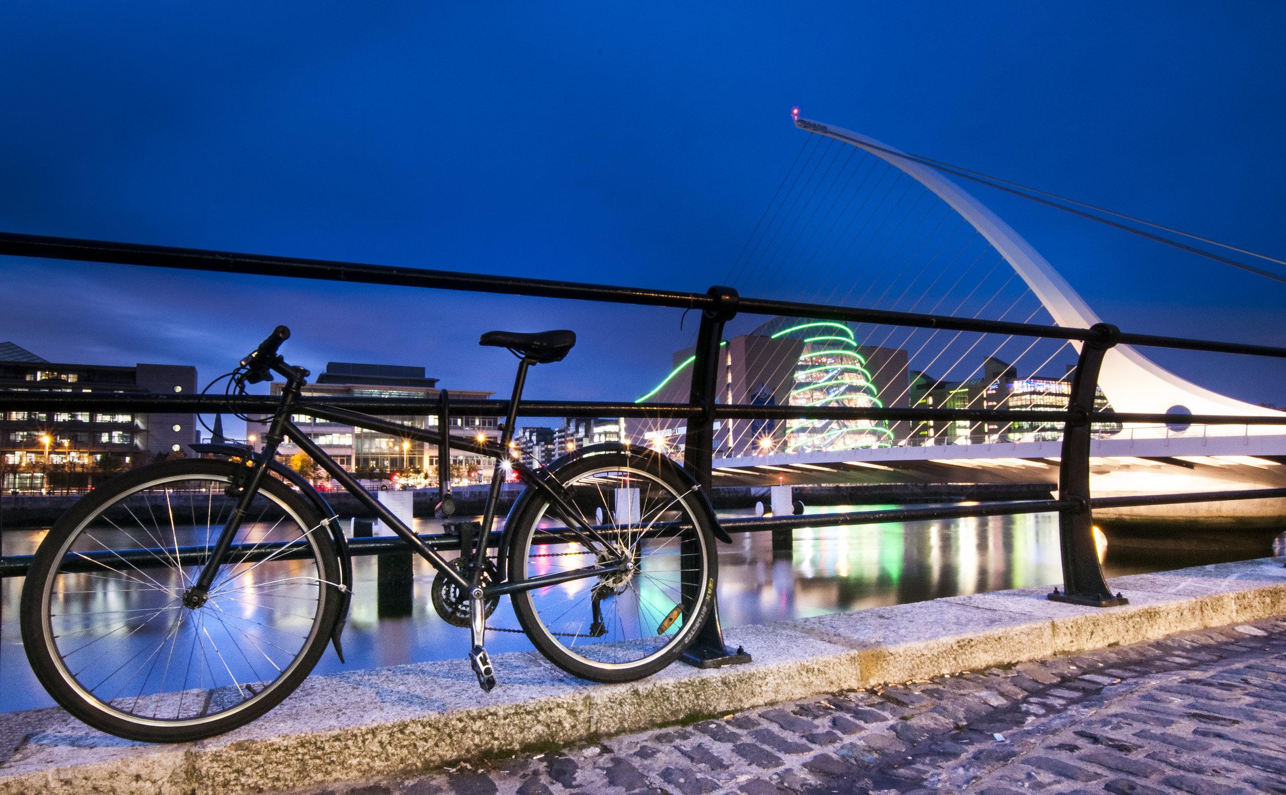 Bike and Samuel Beckett Bridge