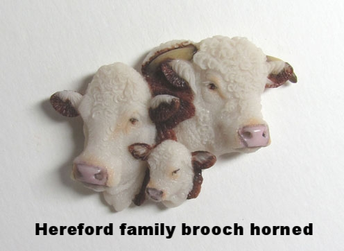 Hereford Bull Family horned.JPG