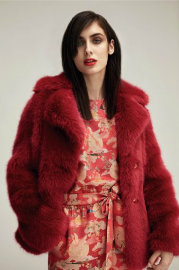 Red trend coat.png