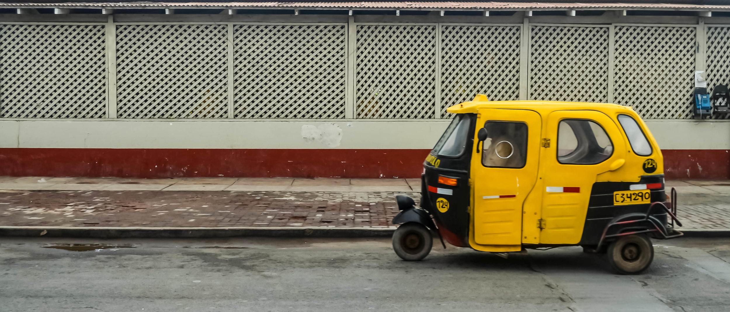 Cholo_Taxi.jpg