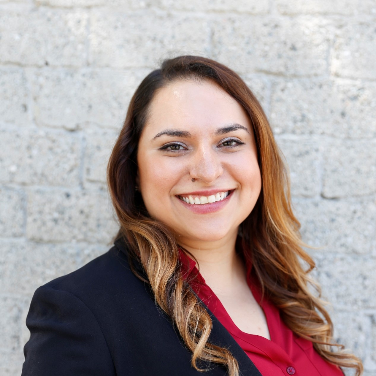 Aria Ashrafzadeh - Aria grew up in Michigan and went to high school in Texas; she graduated from Claremont McKenna College with a B.A. in Psychology and concentrations in Biochemistry and Philosophy. After college, she worked in the INGO sphere in South Asia and the Middle East, focusing on projects that increase education and health access in rural communities. She then moved to Los Angeles and worked in the food & beverage industry while becoming a de-facto restaurant guide for all her friends. In her free time, she enjoys picking the brains of people with NYC restaurant knowledge, discovering hole-in-the-walls (#gradstudentbudget), and staying out for shows past her bedtime.