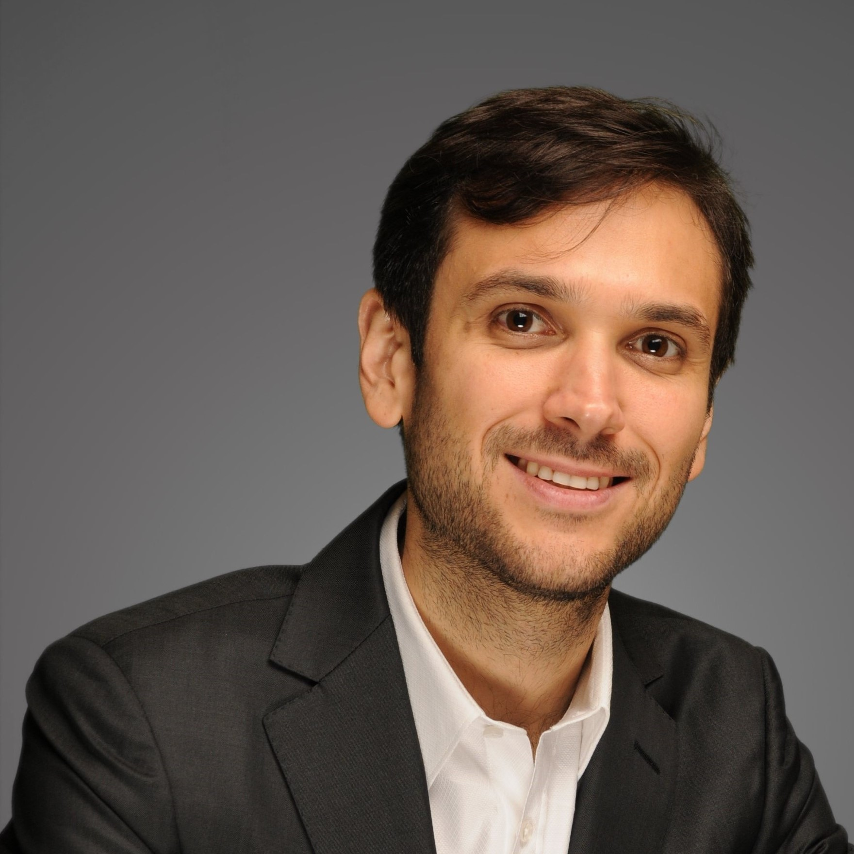Alberto Fassioli - Alberto (Beto) was born and raised in Lima, Peru, where he received his Bachelor's degree in Industrial Engineering from the Universidad de Lima. He began his professional career working in banking, and in 2011 started working in Business Strategy for a commercial airline in Lima, where he developed his passion for traveling. He currently serves on the board of the Diversity Committee of Student Government and the Latin American Business Association. He is planning to pursue a career in consulting.