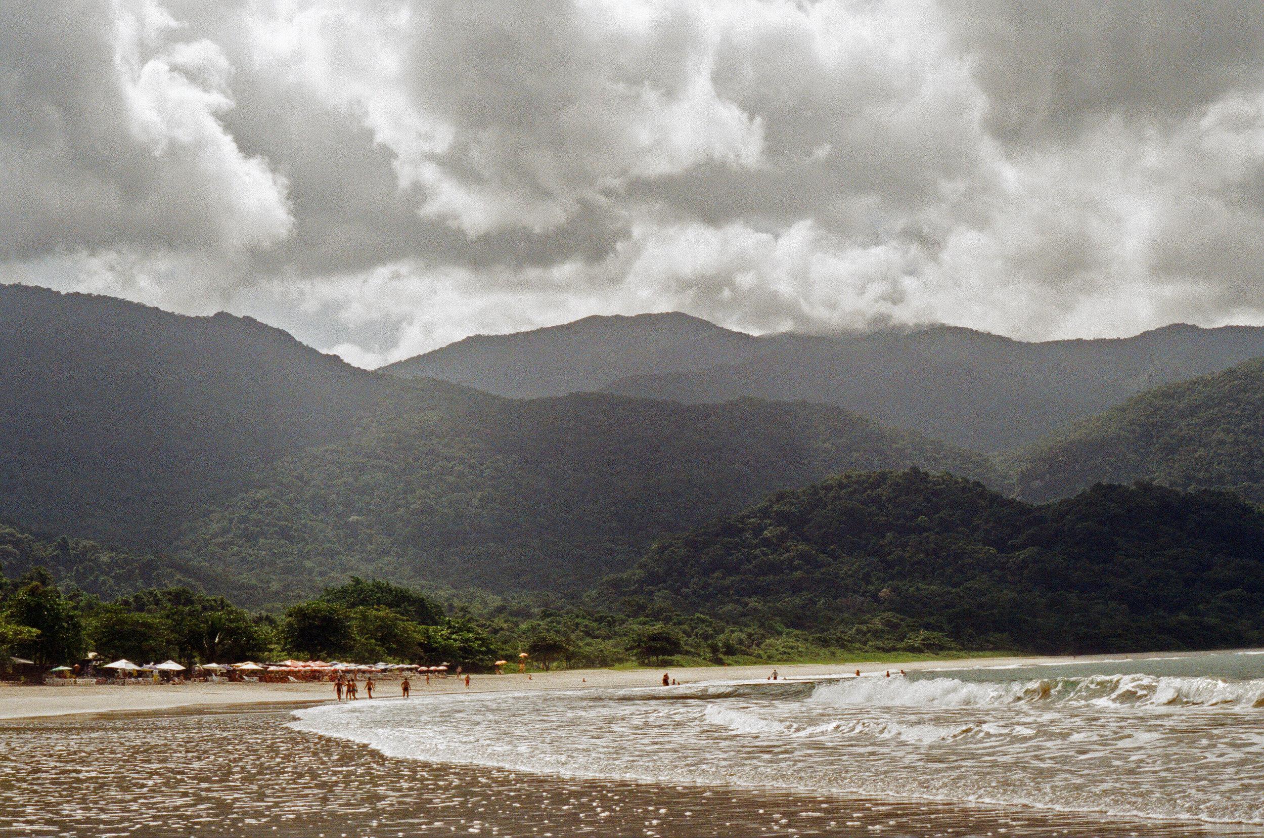 Ilhabella Beach 3.jpg