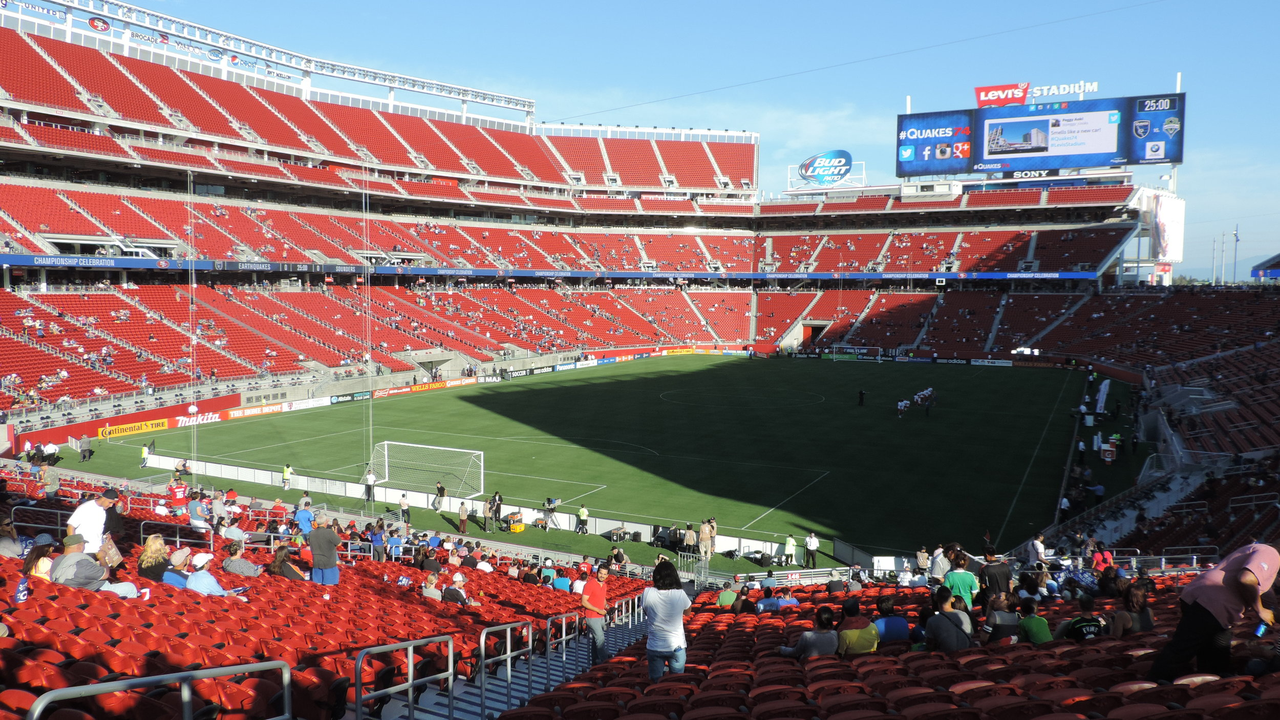- Levi's Stadium, home of the San Francisco 49ers since the summer of 2014, has an impressive 375 kW solar array, which helped energize Super Bowl L between the Carolina Panthers and Denver Broncos.