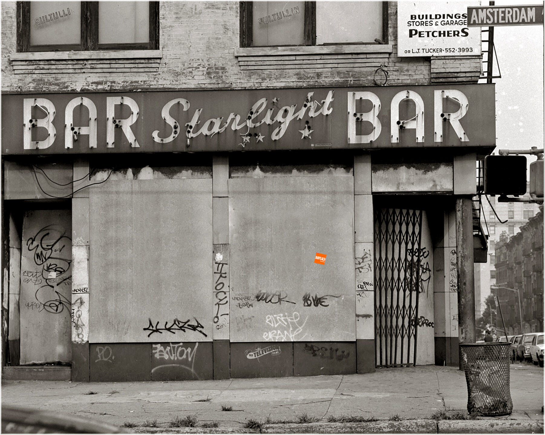 STARLIGHT BAR@144.jpg