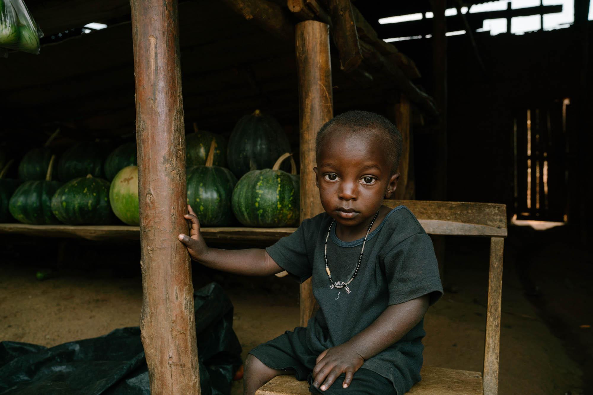CHS0030_Sapphire Seven_Uganda Market-26.jpg